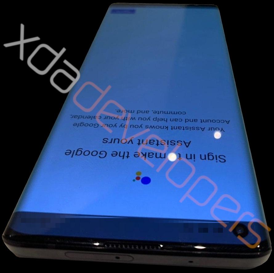 Motorola-Edge-Top-Side-2066628376.jpg