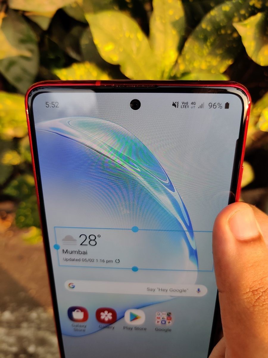 Samsung-Galaxy-Note-10-Lite-Front-Close-e1582309188759.jpg