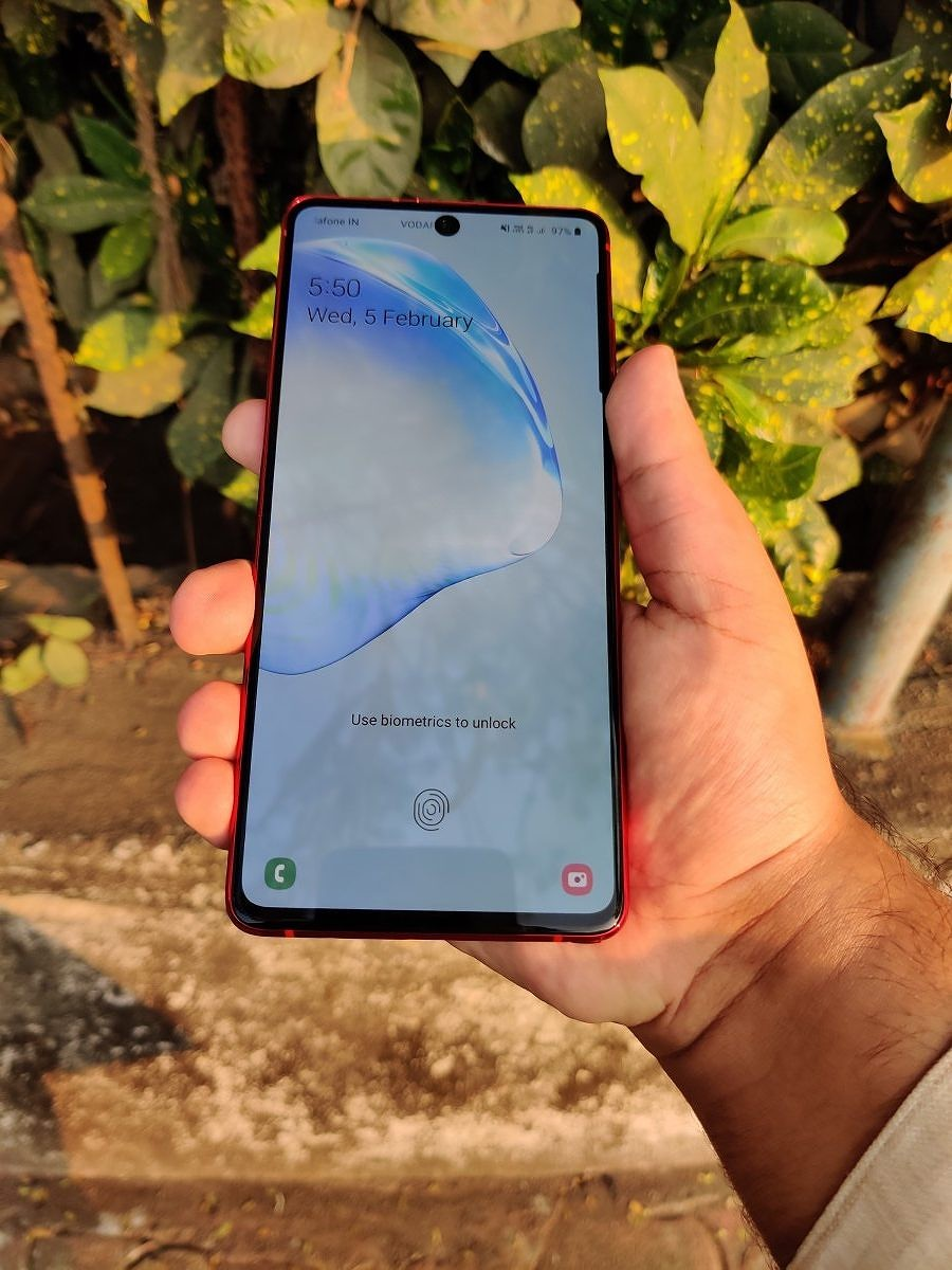Samsung-Galaxy-Note-10-Lite-Front-Display-3-e1582309230309.jpg