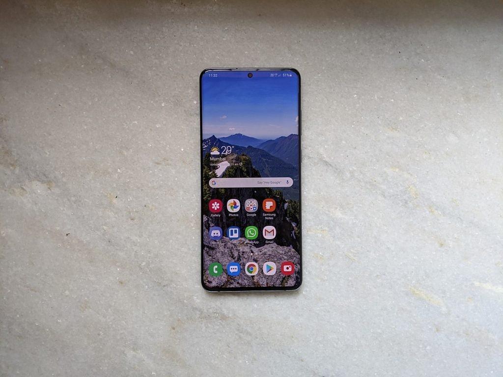 Samsung-Galaxy-S20-Plus-Front-Display-1024x768-1.jpg