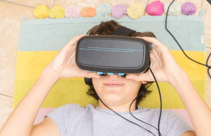 cool-things-do-with-google-chromecast-vr-headset-view.jpg.optimal.jpg