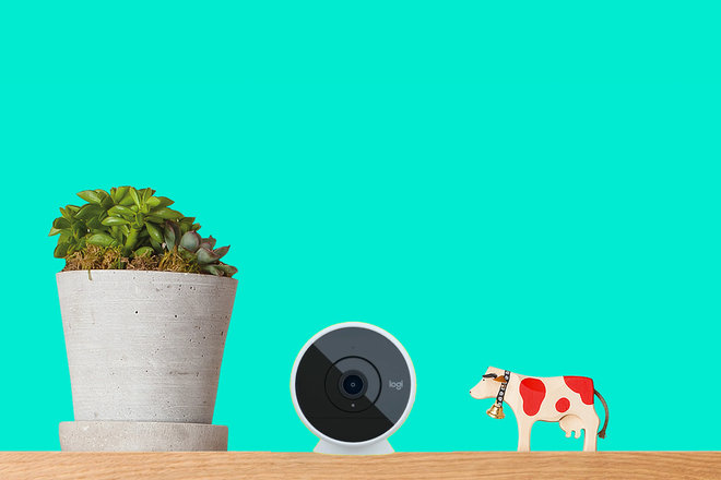 131155-smart-home-buyer-s-guide-best-indoor-security-cameras-2020-see-inside-your-home-anytime-image6-nptosyuife.jpg