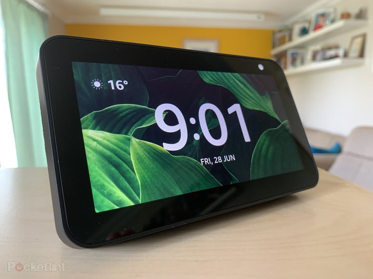 142030-speakers-feature-amazon-echo-show-tips-and-tricks-master-alexa-on-a-touchscreen-image1-y5j9lwmpnq-1.jpg