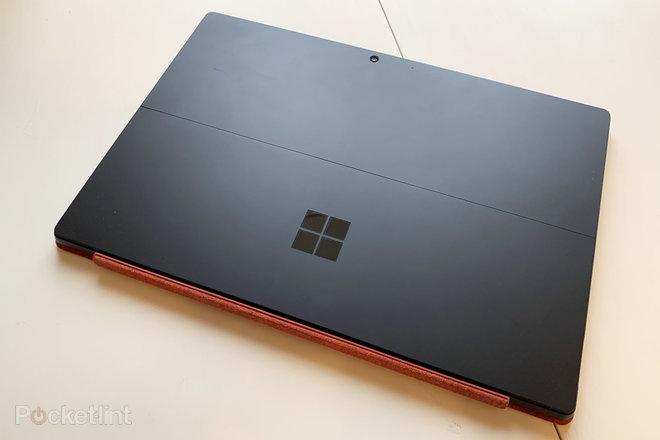 152014-laptops-review-microsoft-surface-pro-7-still-the-best-still-no-thunderbolt-image1-dgyqmraf6o-2.jpg