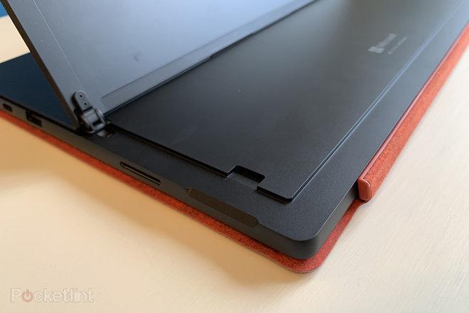 152014-laptops-review-microsoft-surface-pro-7-still-the-best-still-no-thunderbolt-image1-yy6htjqs4a-2.jpg