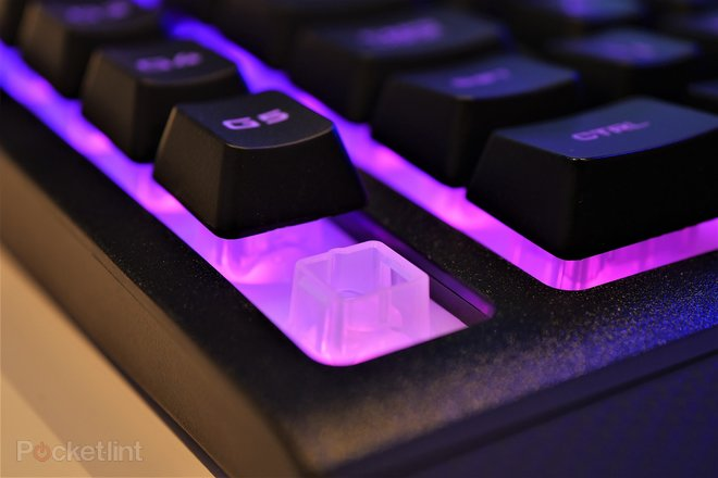 142759-laptops-buyer-s-guide-corsair-k57-wireless-gaming-keyboard-image5-196xdkg7lf.jpg