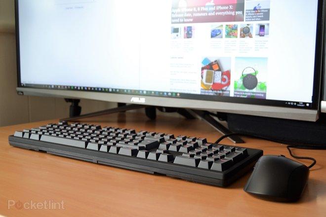 142759-laptops-buyer-s-guide-fnatic-rush-gaming-keyboard-image4-7hbepsum8w.jpg