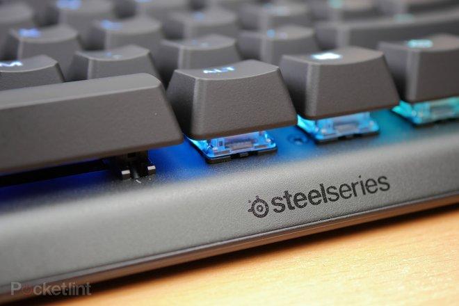 142759-laptops-buyer-s-guide-steelseries-apex-pro-gaming-keyboard-image8-ckbfmj593u.jpg