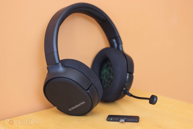 152198-headphones-buyer-s-guide-best-xbox-one-headsets-for-2020-superb-headphones-for-party-chat-and-gaming-image1-hlwabyho5r.jpg