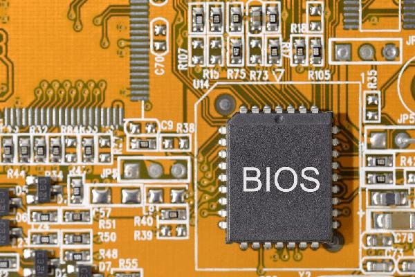 在BIOS中啟用板載聲音設備