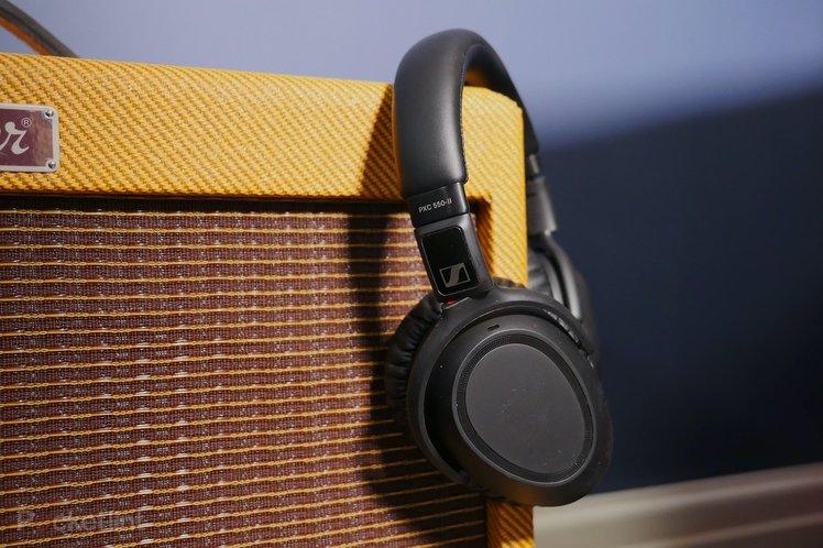 152069-headphones-review-sennheiser-px550-ii-review-image1-jr9ox6ti4i.jpg