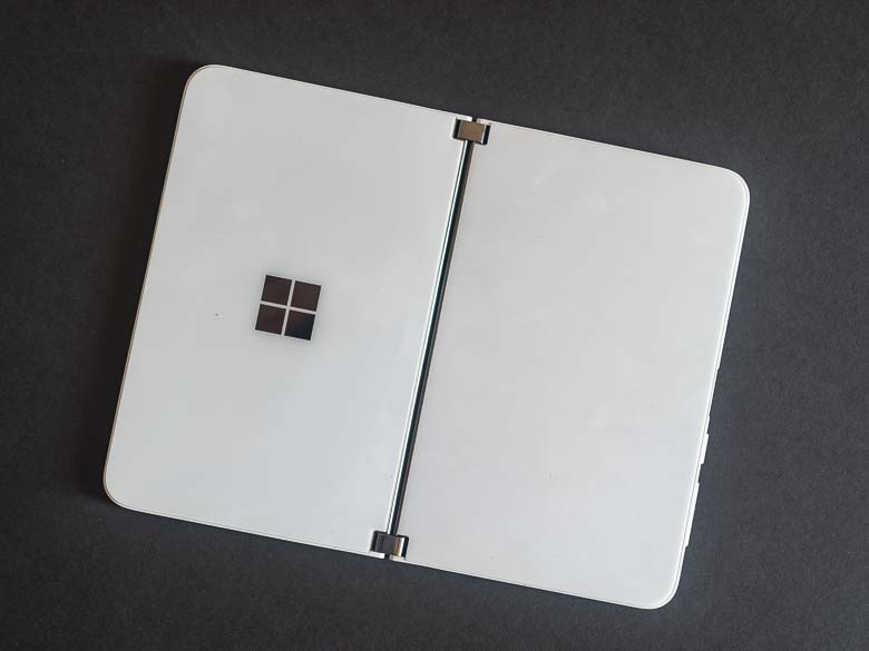 SurfaceDuo_AZL3757-1