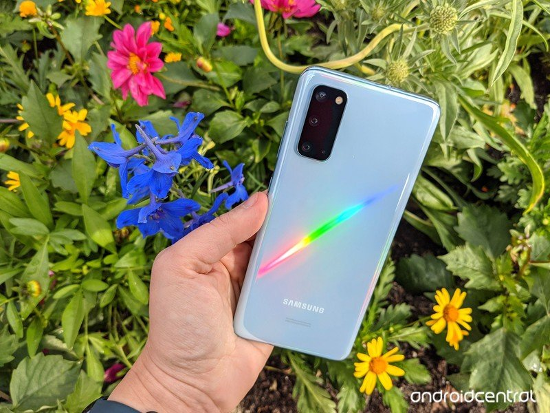 galaxy-s20-review-flowbed-rainbow-1.jpg
