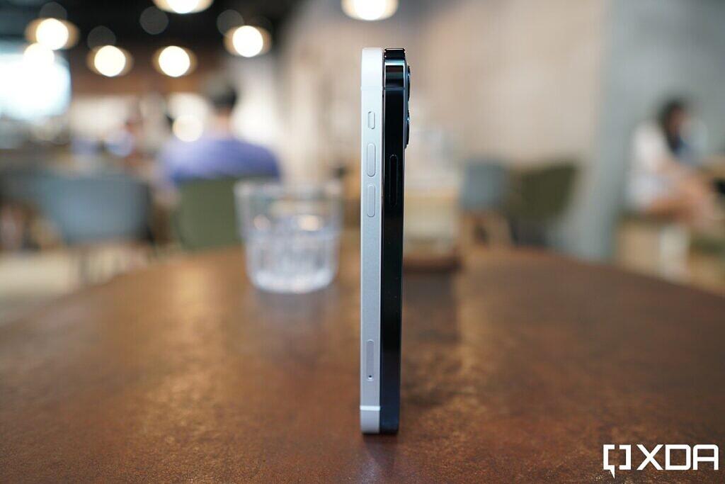 iphone-12-hands-on-xda-612334-1024x683-1.jpeg