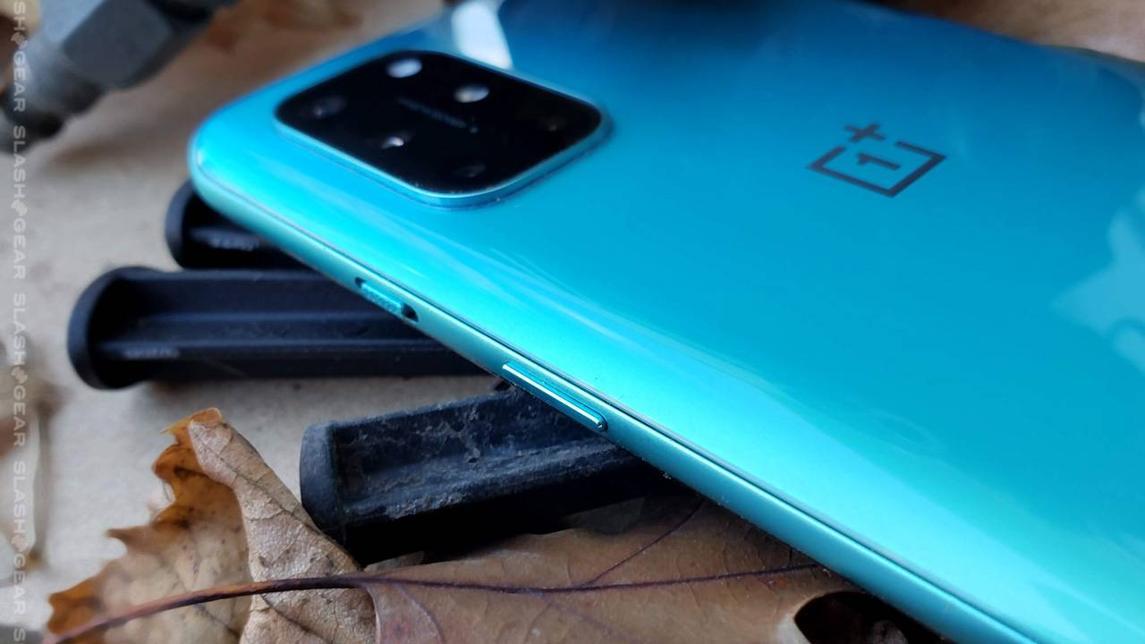 5x OnePlus 8T details that make this phone unique