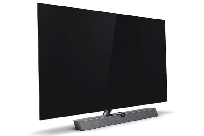154307-tv-review-philips-oled-935-review-image7-p4q2do5lpg.jpg