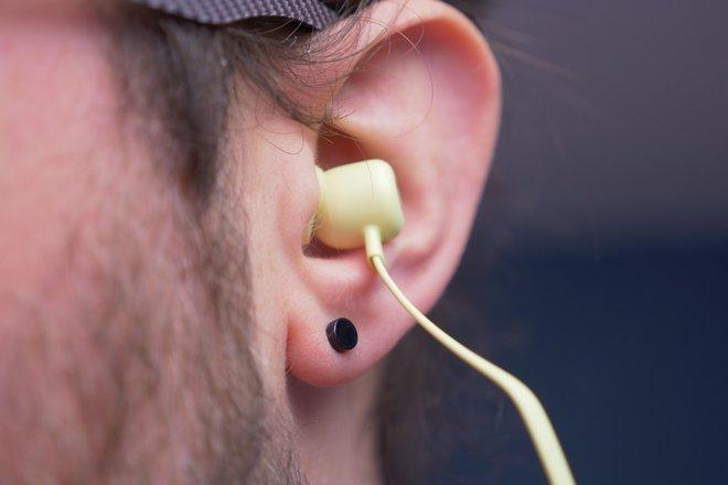 154435-headphones-review-beats-flex-hardware-image7-wiuyxvoqkh.jpg