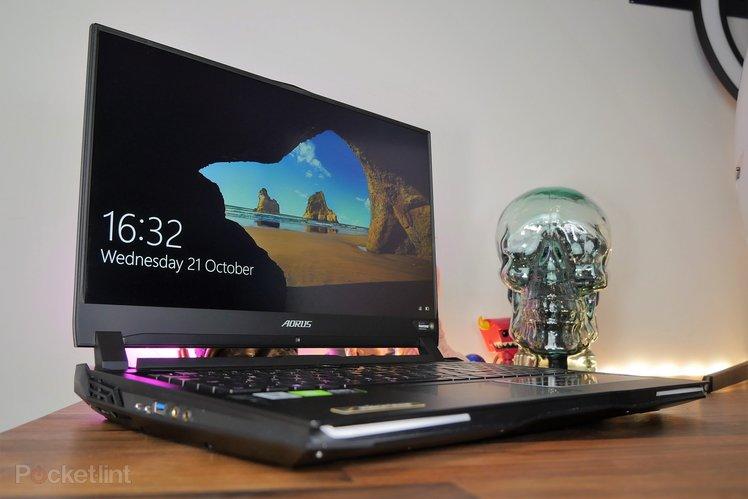 154510-laptops-review-aorus-17x-gaming-laptop-review-image7-dxzhe1xnfk