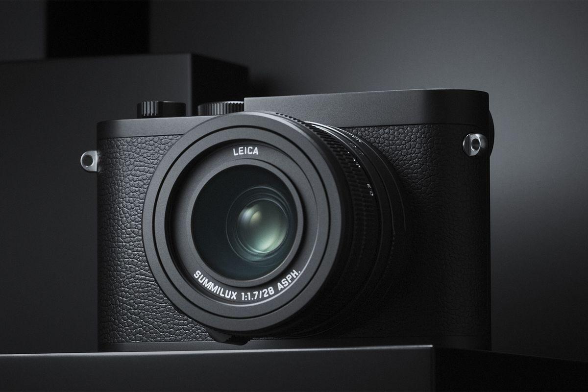 Leica_Q2_Monochrom_Teaser_LoRes_sRGB.0-1.jpg