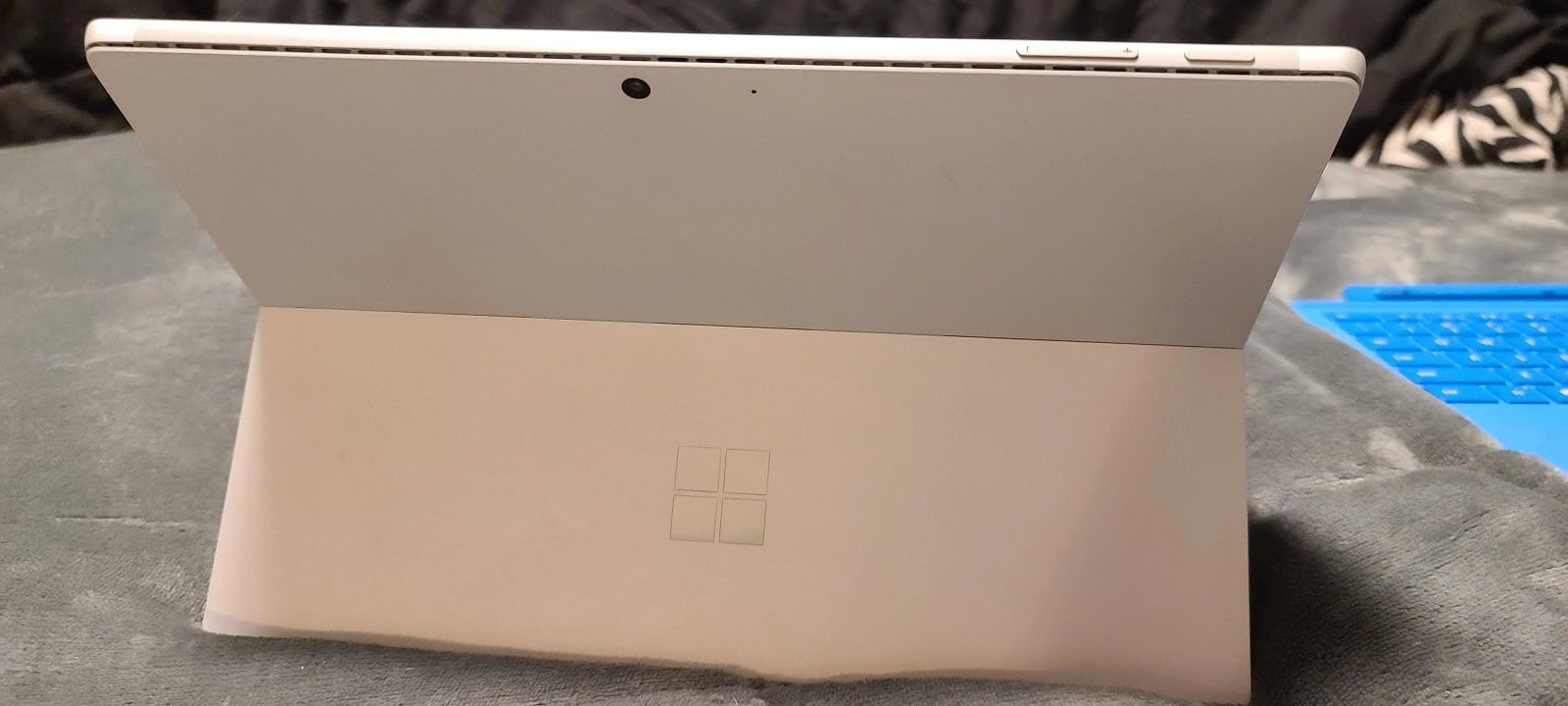 Surface Pro 8 back