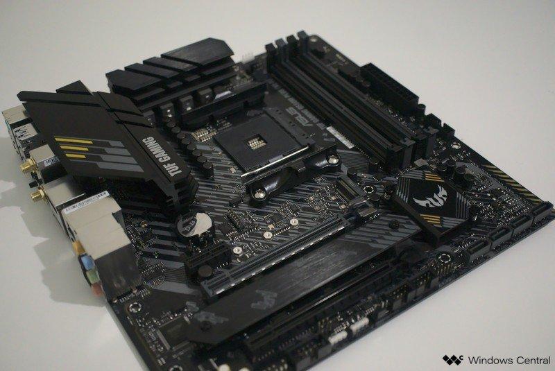 asus-tuf-gaming-b550m-plus-motherboard-side.jpg