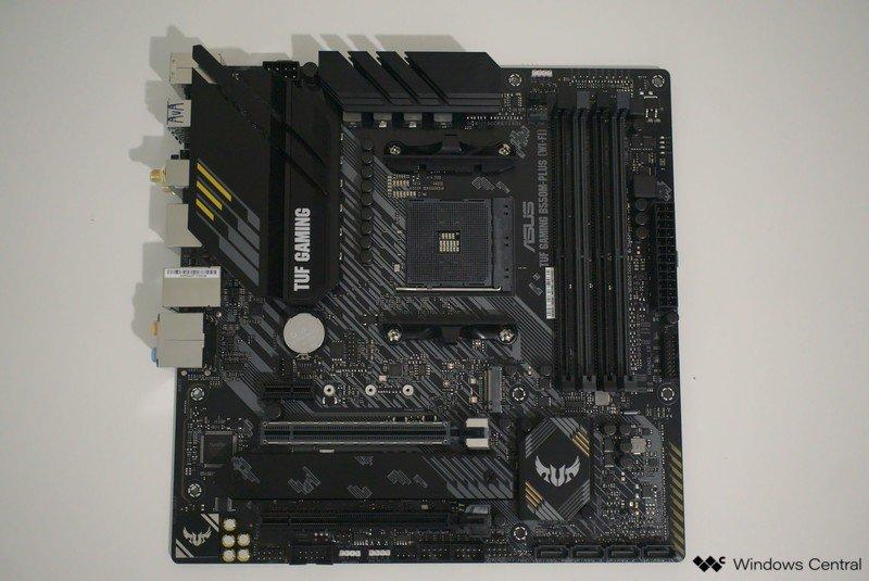 asus-tuf-gaming-b550m-plus-motherboard-top.jpg