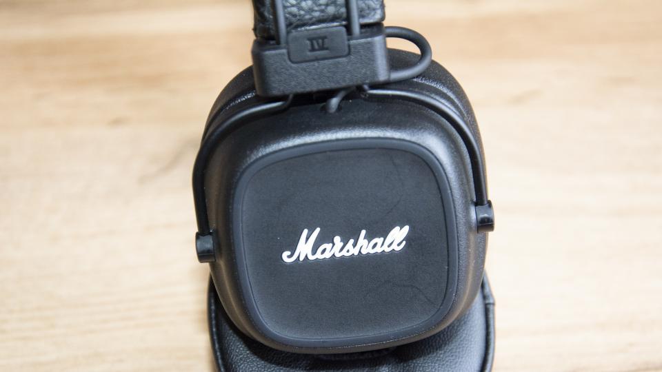 marshall_major_iv_earpad_close_up.jpg
