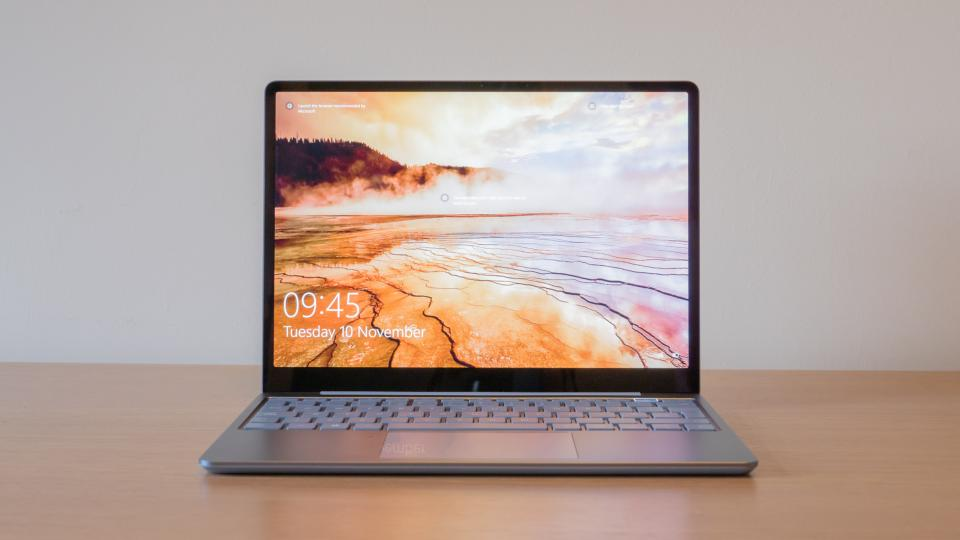 microsoft_surface_laptop_go_review_6.jpg