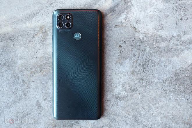 155120-phones-review-moto-g9-power-review-image2-yhsegfb0uz.jpg