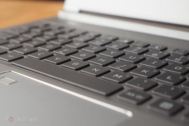 155247-laptops-review-hands-on-predator-triton-300-se-review-image10-xo249ndegb.jpg