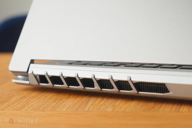 155247-laptops-review-hands-on-predator-triton-300-se-review-image8-yf13p5cb86.jpg