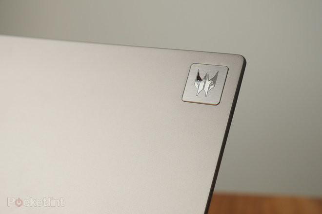 155247-laptops-review-hands-on-predator-triton-300-se-review-image9-vjjz398we7.jpg