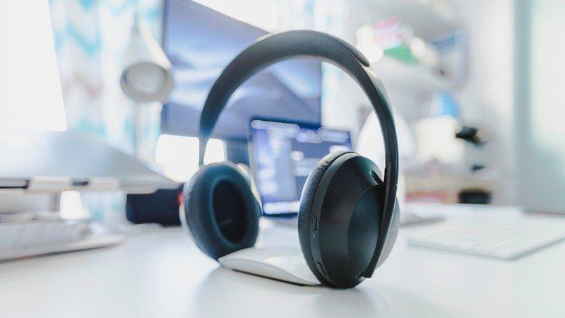 best-wireless-headset-hero-1.jpg