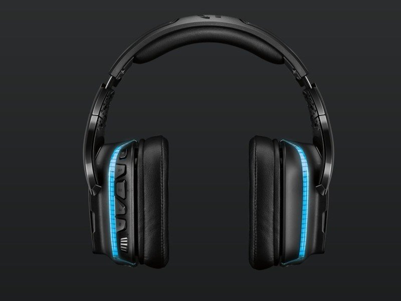 logitech-wireless-headset-lifestyle.jpg