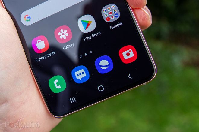 155393-phones-review-hands-on-samsung-galaxy-s21-review-image11-pkkbf9ui10.jpg