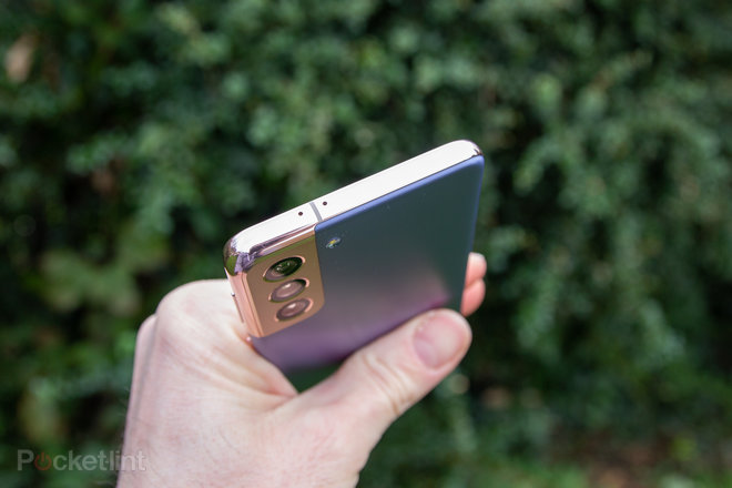 155393-phones-review-hands-on-samsung-galaxy-s21-review-image5-ahwuqnb3vd.jpg