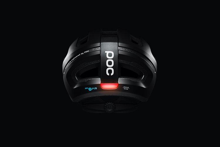 155766-gadgets-news-poc-launches-self-charging-smart-bike-helmet-omne-eternal-image1-dnrlhwron7-1.jpg