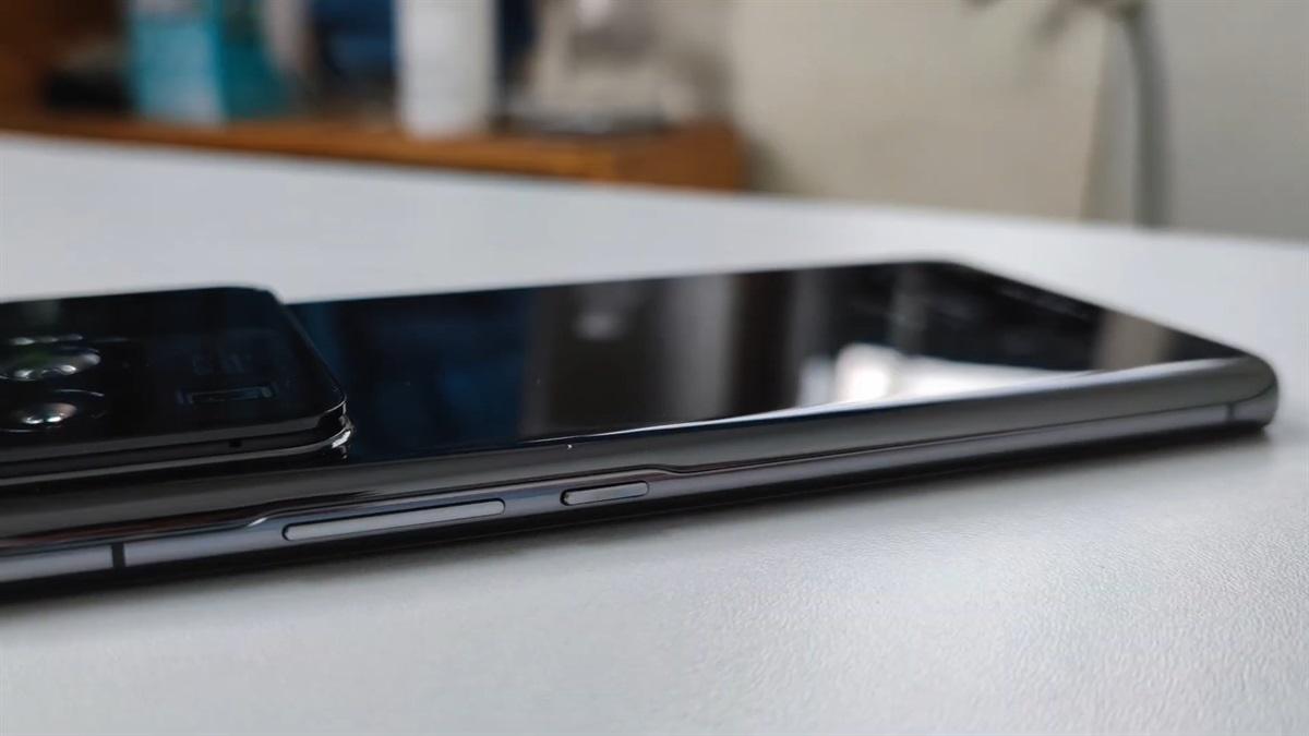 Xiaomi_Mi_11_Ultra_13.jpeg