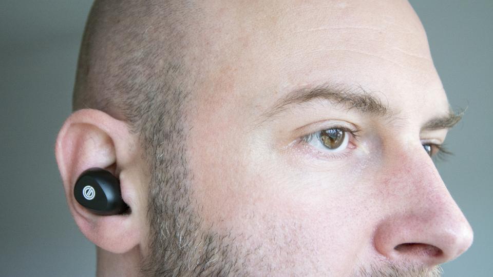 grado_gt220_review_earbuds_in_ear.jpg