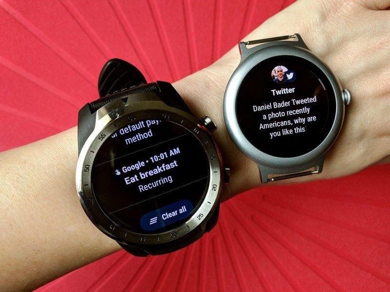 wear-os-20-update-notifications-old-new-wrist-red.jpg