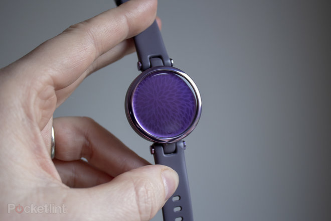 155849-smartwatches-review-garmin-lily-review-the-smartwatch-for-women-image1-mbhlqhbxy7-1.jpg