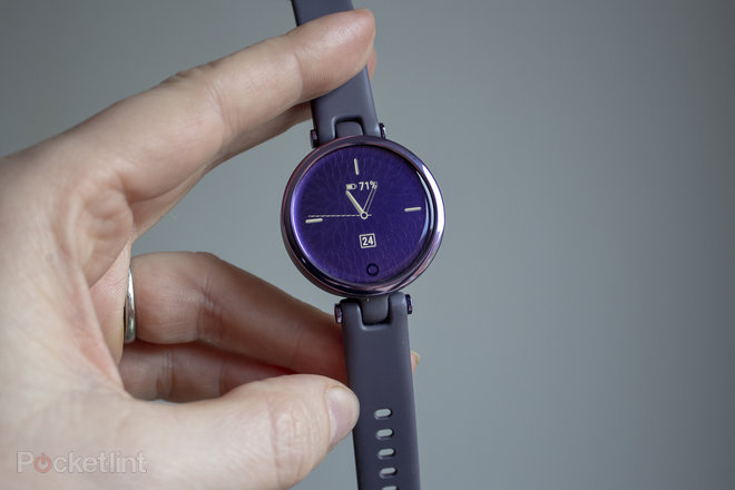 155849-smartwatches-review-garmin-lily-review-the-smartwatch-for-women-image2-nwsj7cpq1k.jpg
