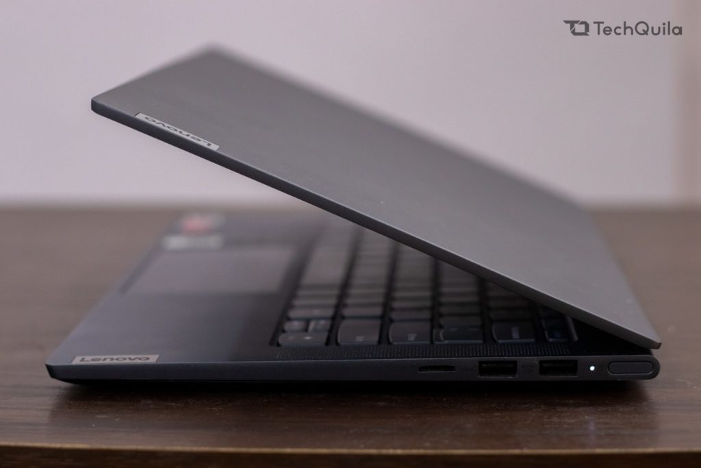 Lenovo Ideapad Slim 7 Right Side