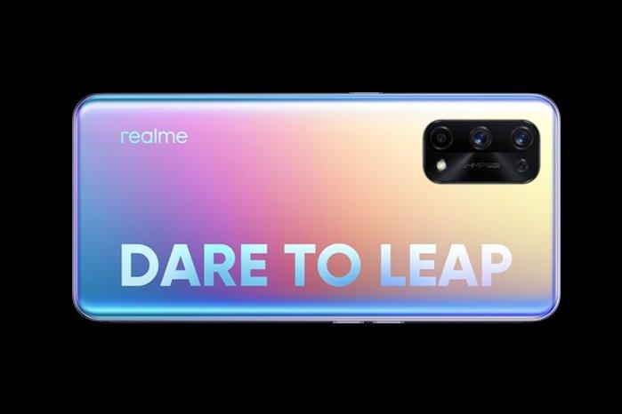 realme X7 Pro Fantasy Featured