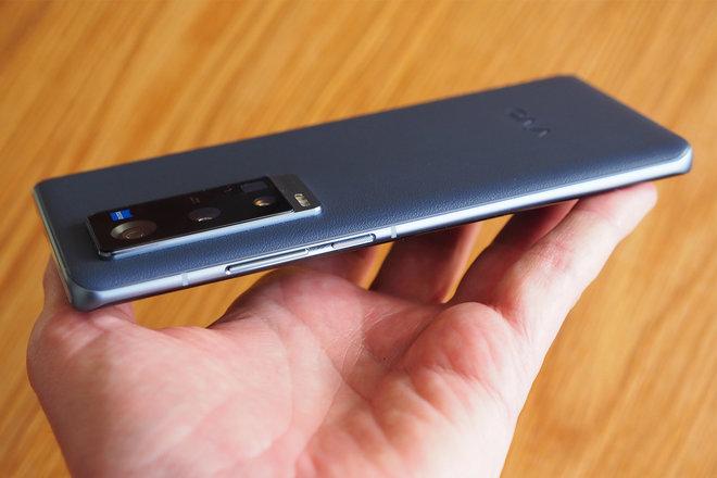 156305-phones-review-hands-on-vivo-x60-pro-plus-review-image9-vxi89k43ga.jpg