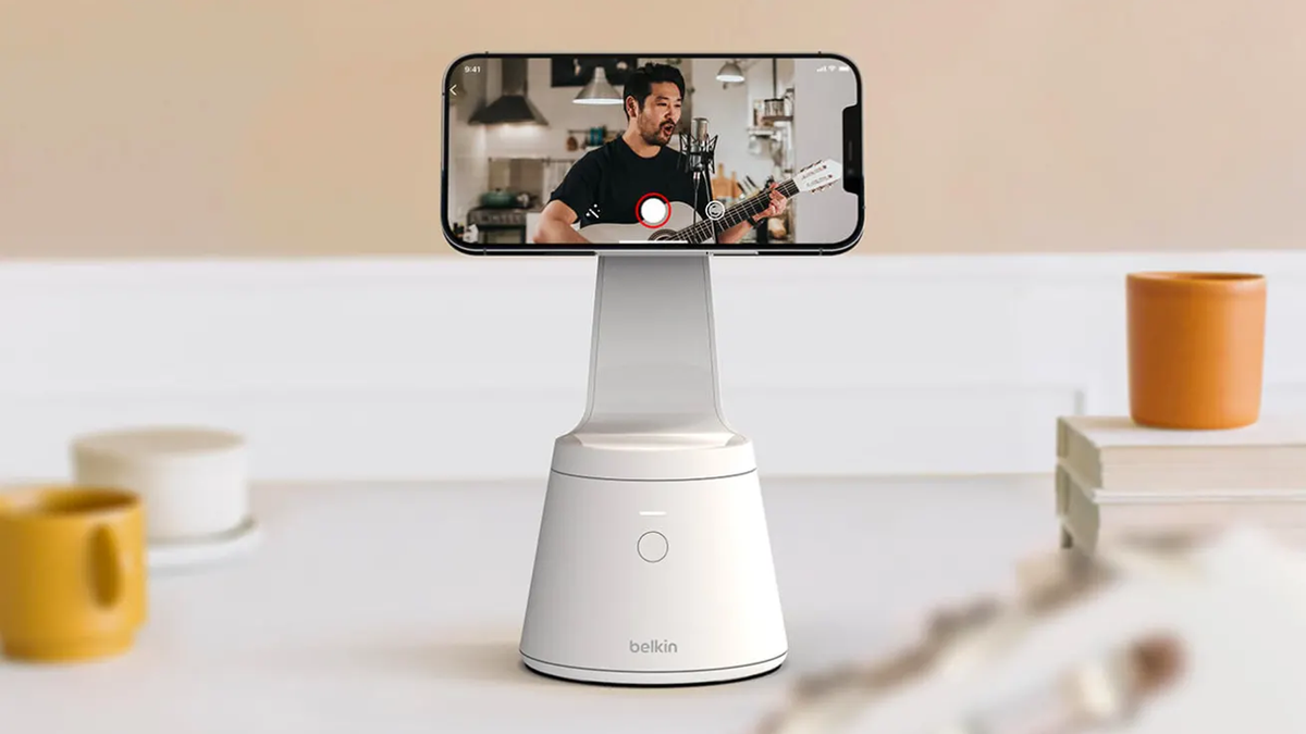Belkin's new Magnetic Phone Mount with Face Tracking on a countertop