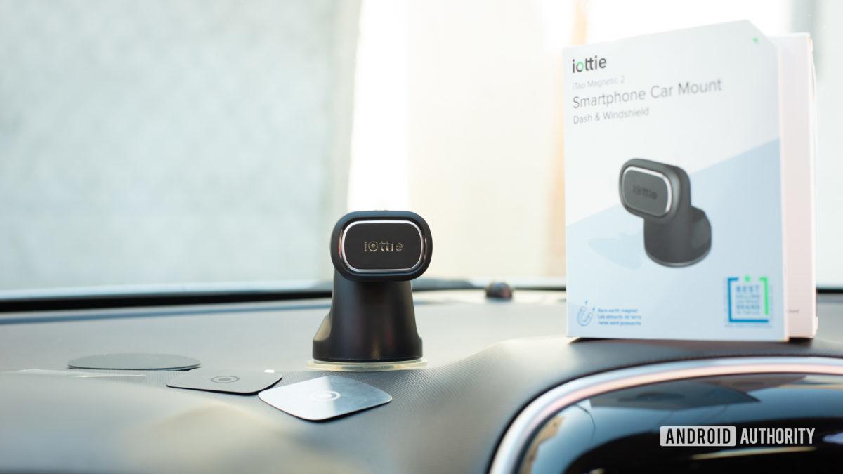 Iottie iTap Magnetic 2 car mount review 1