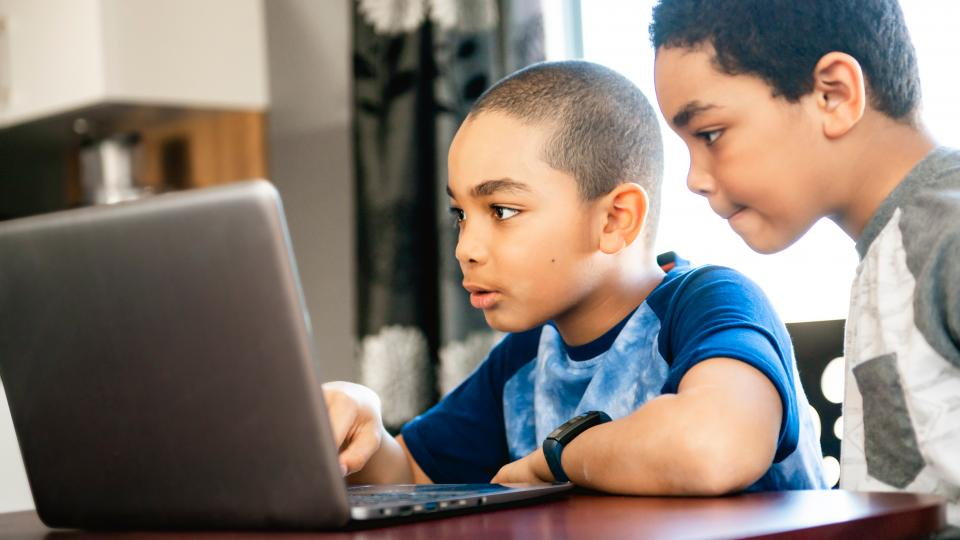 best_laptop_for_kids_lifestyle-1