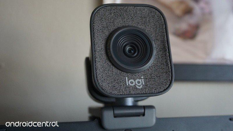 logitech-streamcam-vertical.jpg