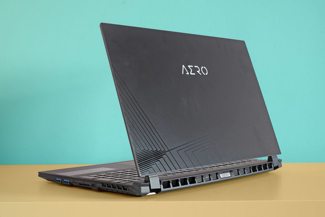 156505-laptops-review-gigabyte-aero-15-oled-review-image10-o5s1ioaivc.jpg